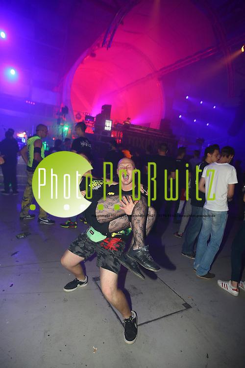 Mannheim. 05.12.15 Maimarktgel&auml;nde. Hardtechno, Hard Style und Hard Core Event Toxicator in der Maimarkthalle.<br /> <br /> Bild: Markus Prosswitz 05DEC15 / masterpress (Bild ist honorarpflichtig - No Model Release!)