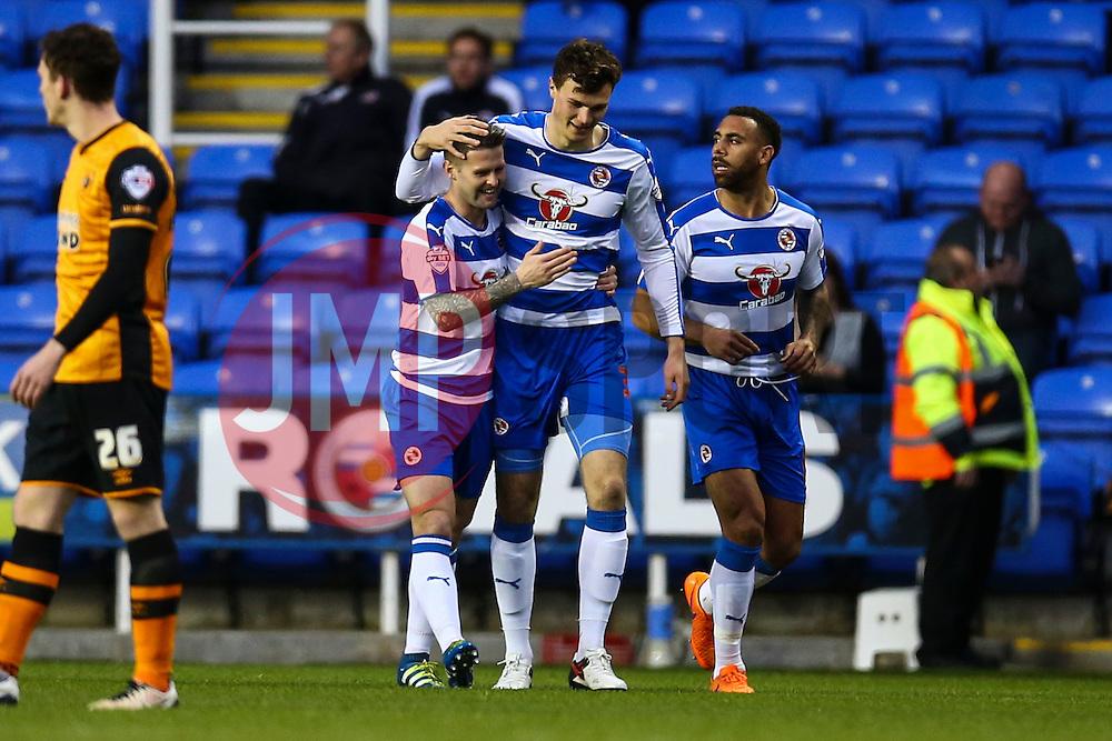 Goal, Jake Cooper of Reading scores, Reading 1-0 Hull City - Mandatory byline: Jason Brown/JMP - 07966 386802 - 19/04/2016 - FOOTBALL - Madejski Stadium - Reading, England - Reading v Hull City - Sky Bet Championship