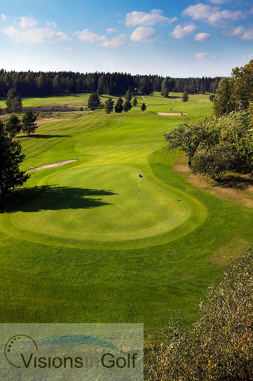 040905 Karlstad Sweden / The 6:th green at Karlstad  Golfklubb Sweden (from a skylift )<br />  <br /> Photo Visions In Golf/Christer Hoglund