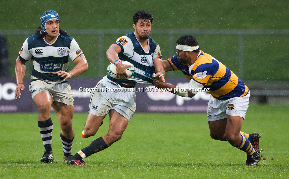 Auckland's Melani Nanai looks to off load as he is tackled. Bay of Plenty v Auckland, Mitre10 Rugby Cup, International Stadium, Rotorua, New Zealand. Sunday, 25 September, 2016. Copyright photo: John Cowpland / www.photosport.nz