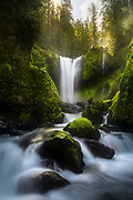This Washington state waterfall seems almost magical with all the green moss. It almost seems to come straight from a J.R.R. Tolkien book.
