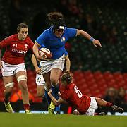 Cardiff 11/03/2018, Principality Stadium<br /> Natwest 6 nations 2018 Femminile<br /> Galles vs Italia<br /> Melissa Bettoni si libera del placcaggio di Keira Bevan