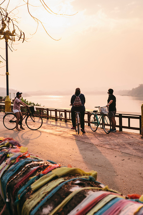 Sunset on the Mekong river at Chiang Khan
