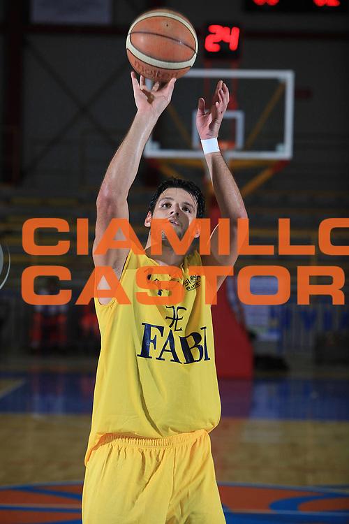 DESCRIZIONE : Cervia Torneo di Cervia Lega A 2010-11 Fabi Montegranaro Immobiliare Spiga Rimini<br /> GIOCATORE : Dejan Ivanov<br /> SQUADRA : Fabi Montegranaro<br /> EVENTO : Campionato Lega A 2010-2011 <br /> GARA :  Fabi Montegranaro Immobiliare Spiga Rimini<br /> DATA : 18/09/2010<br /> CATEGORIA : tiro<br /> SPORT : Pallacanestro <br /> AUTORE : Agenzia Ciamillo-Castoria/C.De Massis<br /> Galleria : Lega Basket A 2010-2011 <br /> Fotonotizia : Cervia Torneo di Cervia Lega A 2010-11 Fabi Montegranaro Immobiliare Spiga Rimini<br /> Predefinita :