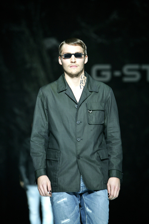 G-Star Raw<br /> Spring/Summer 2009 Collection<br /> New York Fashion Week, Sept 2008<br /> Park Avenue Armory<br /> G-Star partnered with UN Millenlium Campaign to end world poverty in 2015