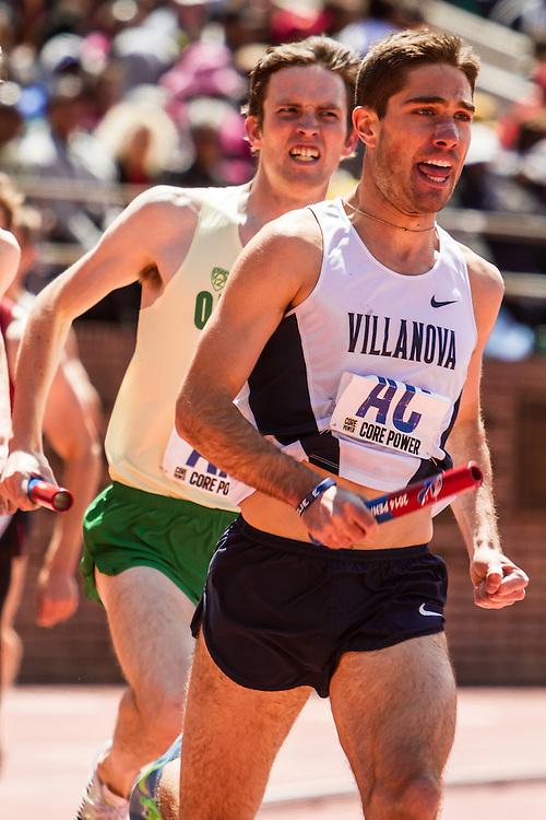 Penn Relays, College men 4 x mile relay, 2nd leg, Robert Denault of Villanova, John Gregorek of Oregon,