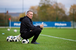 NEWPORT, WALES - Tuesday, November 6, 2018: Wales' goalkeeping coach Jon Horton during a training session at Dragon Park ahead of two games against Portugal. (Pic by Paul Greenwood/Propaganda)