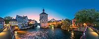 Das Alten Rathauses in Bamberg steht mitten im Fluss Regnitz und markiert die alte Herrschaftsgrenze zwischen bischöflicher Berg- und bürgerlicher Inselstadt. Der Rokokosaal im Alten Rathaus ist mit seiner überreichen Ausstattung neben dem Renaissancesaal im Schloss Geyerswörth der wichtigste Repräsentationsraum der Stadt Bamberg.