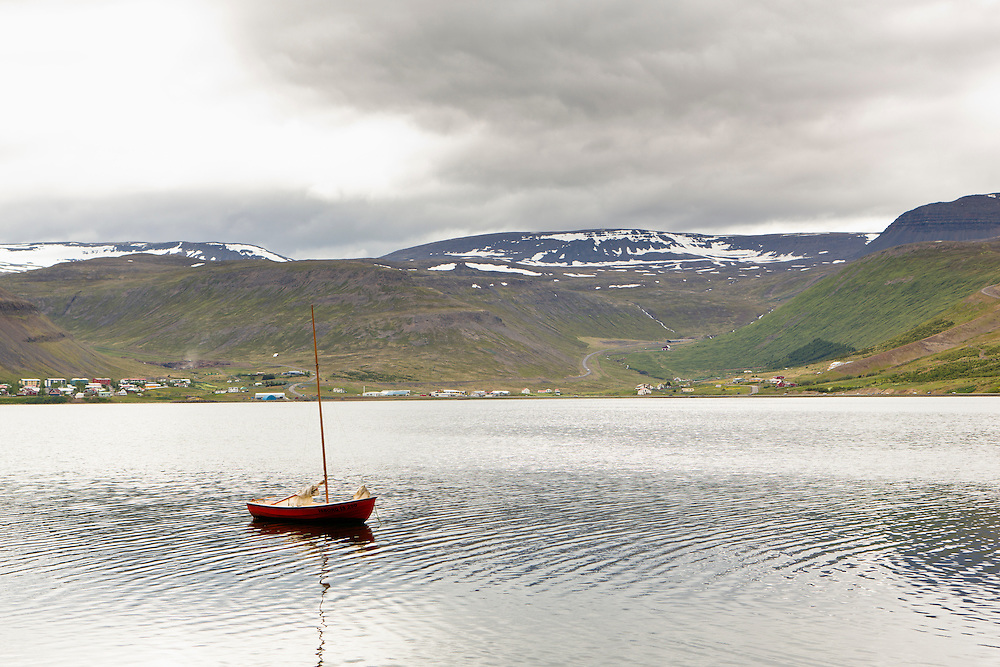 A small boat in Isafjord