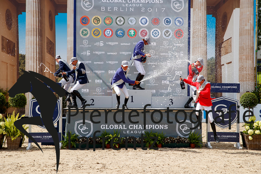 Lamaze, Eric (CAN)<br /> Verlooy, Jos (BEL)<br /> Allen, Bertram (IRL)<br /> Zorzi, Alberto (ITA)<br /> Farrington, Kent (USA)<br /> Maher, Ben (GBR), <br /> Berlin - Global Jumping Berlin 2017<br /> © www.sportfotos-lafrentz.de/Stefan Lafrentz