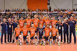31-05-2015 NED: CEV EK Kwalificatie Nederland - Spanje, Doetinchem<br /> Nederland wint met 3-1 van Spanje en plaatst zich voor het EK in Bulgarije en Italie / Teamfoto Nederland
