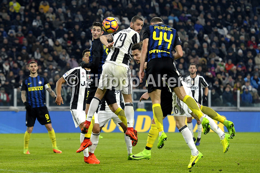 &copy; Filippo Alfero<br /> Juventus-Inter, Serie A 2016/2017<br /> Torino, 05/02/2017<br /> sport calcio<br /> Nella foto: Leonardo Bonucci Juventus, Ivan Perisic Inter