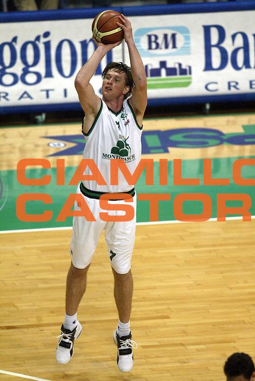 DESCRIZIONE : Siena Lega A1 2005-06 Montepaschi Siena Bt Roseto <br /> GIOCATORE : Boisa <br /> SQUADRA : Montepaschi Siena <br /> EVENTO : Campionato Lega A1 2005-2006 <br /> GARA : Montepaschi Siena Bt Roseto <br /> DATA : 11/05/2006 <br /> CATEGORIA : Tiro <br /> SPORT : Pallacanestro <br /> AUTORE : Agenzia Ciamillo-Castoria/L.Moggi <br /> Galleria : Lega Basket A1 2005-2006 <br /> Fotonotizia : Siena Campionato Italiano Lega A1 2005-2006 Montepaschi Siena Bt Roseto <br /> Predefinita :