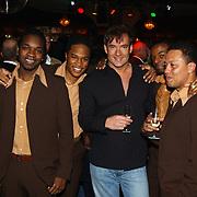 Uitreiking populariteitsprijs 2004, Replay en Gerard Joling