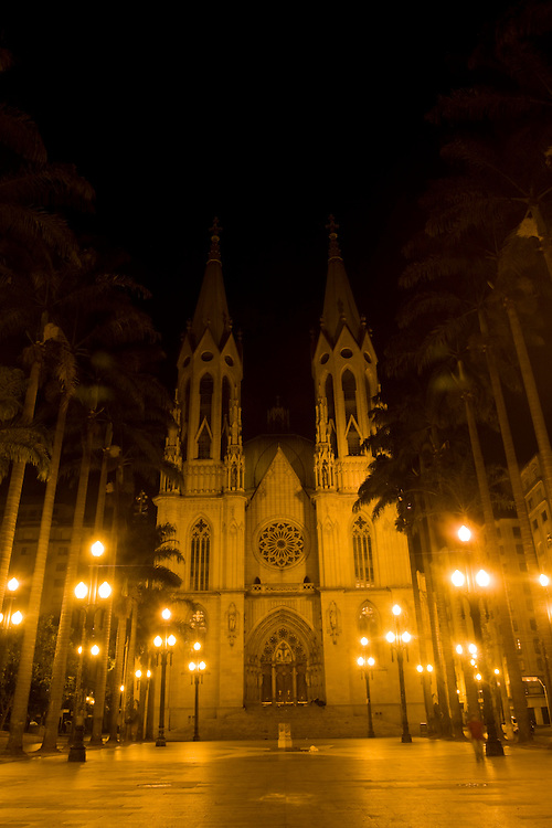 Sao Paulo_SP, Brasil...Catedral da Se em Sao Paulo. A catedral foi construida no estio neo-gotico...The Se Cathedral in Sao Paulo.The cathedral is built in the neo-gothic style...Foto: MARCUS DESIMONI /  NITRO