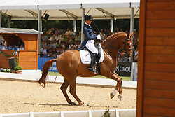 THEODORESCU Monica, Whisper 128<br /> München Riem Pferd International - 2011<br /> (c) www.sportfotos-Lafrentz. de/Stefan Lafrentz