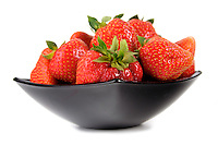 Studio shot of strawberries in bowl