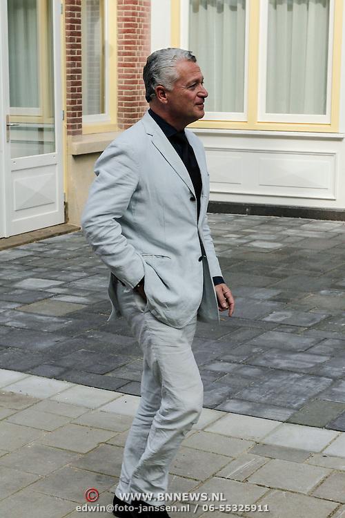 NLD/Amsterdam/20120620 - Boekpresentatie VSV van Leon de Winter, advocaat Max Moszkowicz