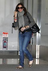 Aug 17, 2010 - Narita, Chiba, Japan - Actress JULIA ROBERTS arrives at Narita International Airport in Narita, Japan. She is in Japan to promote her new movie, 'Eat, Pray, Love' which will open on September 17 in Japan. (Credit Image: © Junko Kimura/Jana/ZUMApress.com)