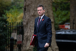 © Licensed to London News Pictures. 06/11/2018. London, UK. Secretary of State for Digital, Culture, Media and Sport Jeremy Wright QC arriving in Downing Street to attend a Cabinet meeting this morning. Photo credit : Tom Nicholson/LNP