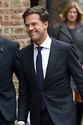 De koninklijke familie en tal van vrienden, bekenden en collega's van prins Friso zijn samengekomen in de Oude Kerk in Delft om de op 12 augustus overleden prins Friso te herdenken. <br /> <br /> The royal family and many friends, acquaintances and colleagues of Prince Friso are in the Old Church in Delft to commemorate the Prince who past away on August 12 2013.<br /> <br /> Op de foto / On the photo:  Minister-president Mark Rutte
