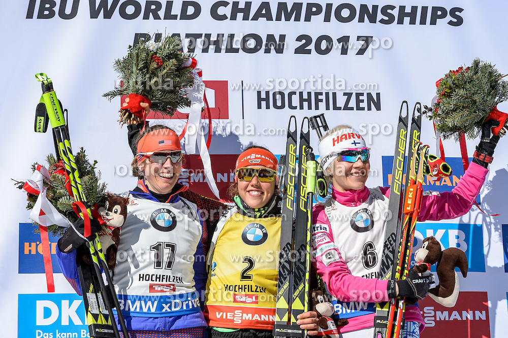 19.02.2017, Biathlonarena, Hochfilzen, AUT, IBU Weltmeisterschaften Biathlon, Hochfilzen 2017, Massenstart Damen, Flower Zeremonie, im Bild Susan Dunklee (USA), Laura Dahlmeier (GER), Kaisa Makarainen (FIN) // Susan Dunklee of United States of America Laura Dahlmeier of Germany and Kaisa Makarainen of Finland during Flower Ceremony of the Womens Masstart of the IBU Biathlon World Championships at the Biathlonarena in Hochfilzen, Austria on 2017/02/19. EXPA Pictures © 2017, PhotoCredit: EXPA/ Stefan Adelsberger