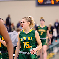 1st year guard, Madeleine Tell (15) of the Regina Cougars during the Regina Cougars vs Lethbridge on November 3 at University of Regina. Credit Matte Black Photos/©Arthur Images 2018