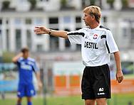 06-08-2008 Voetbal:Maikel Aerts:Bad-Schandau:Duitsland<br /> Willem II is in Oost Duitsland in Bad-Schandau voor een trainingskamp.<br /> Andries Jonker tijdens de training in Bad Schandau<br /> <br /> foto: Geert van Erven