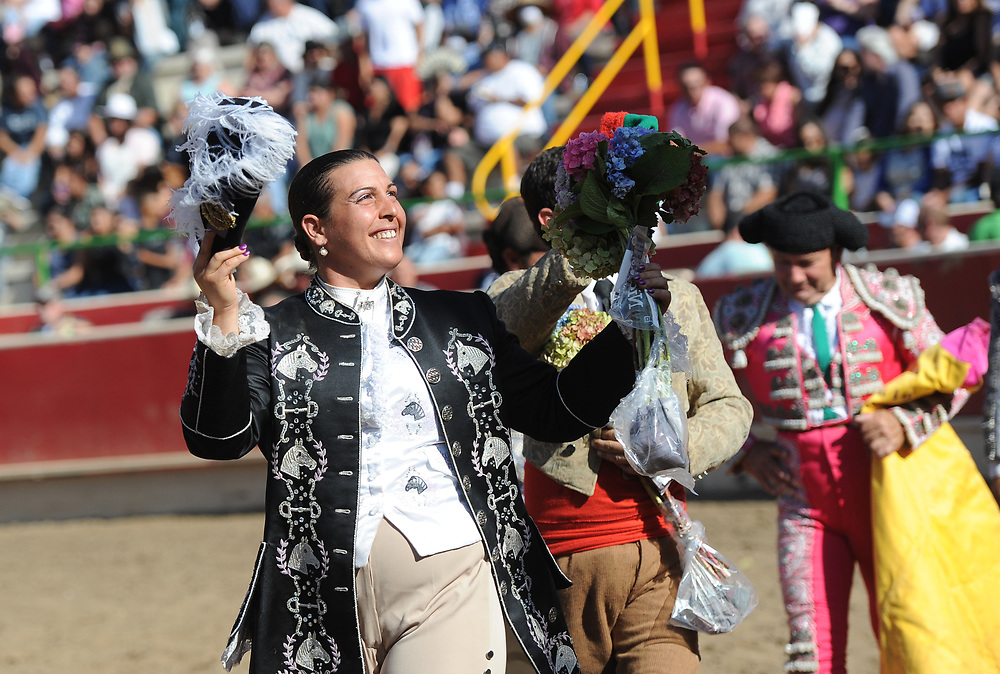 BEA AHBECK/NEWS-SENTINEL<br /> Cavaleira Joana Andrade Louves during the bloodless bullfight during the Our Lady of Fatima Portuguese Festival in Thornton Saturday, Oct. 14, 2017.