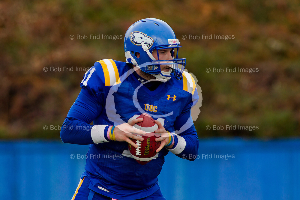 13 October 2012:  Action during a Men's Football game between the University of British Columbia Thunderbirds and the University of Regina Rams on Sidoo Field at Thunderbird Stadium, University of British Columbia, Vancouver, BC, Canada.  Final Score:  UBC 24   U of R 17  ****(Photo by Bob Frid/UBC Athletics  2012 All Rights Reserved****)