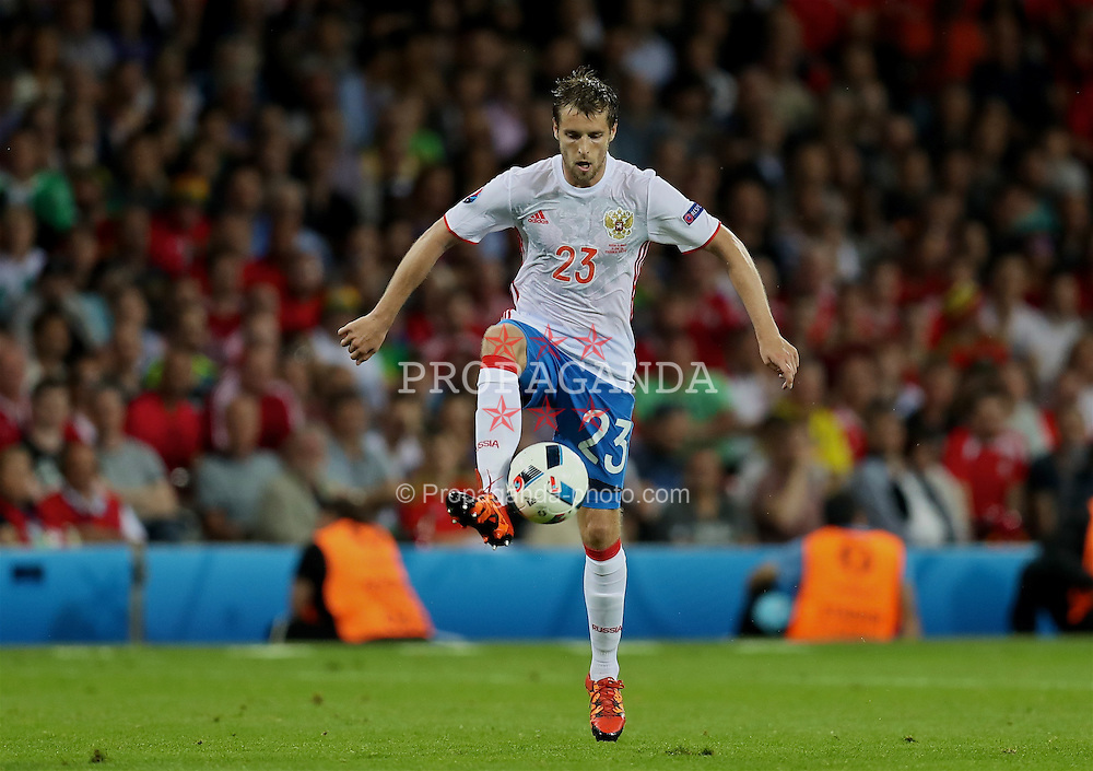 TOULOUSE, FRANCE - Monday, June 20, 2016: Russia's Dmitri Kombarov in action against Wales during the final Group B UEFA Euro 2016 Championship match at Stadium de Toulouse. (Pic by David Rawcliffe/Propaganda)