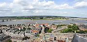 Nederland, Nijmegen, 22-4-2013Panorama van de stad aan de waal. Rivier in de richting van Lent en de geplande nevengeul in de rivier. De scherpe bocht bij Nijmegen wordt hierdoor minder gevaarlijk voor hoogwater. Waalsprong, stadsuitbreiding. Ruimte voor de rivier.Foto: Flip Franssen/Hollandse Hoogte
