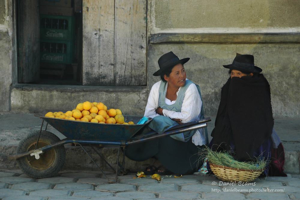 Campesino women selling fruit in the Tarabuco market, Chuquisaca, Bolivia