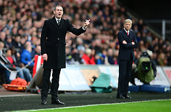 Swansea City manager Paul Clement gives his players directions. - Mandatory by-line: Alex James/JMP - 14/01/2017 - FOOTBALL - Liberty Stadium - Swansea, England - Swansea City v Arsenal - Premier League