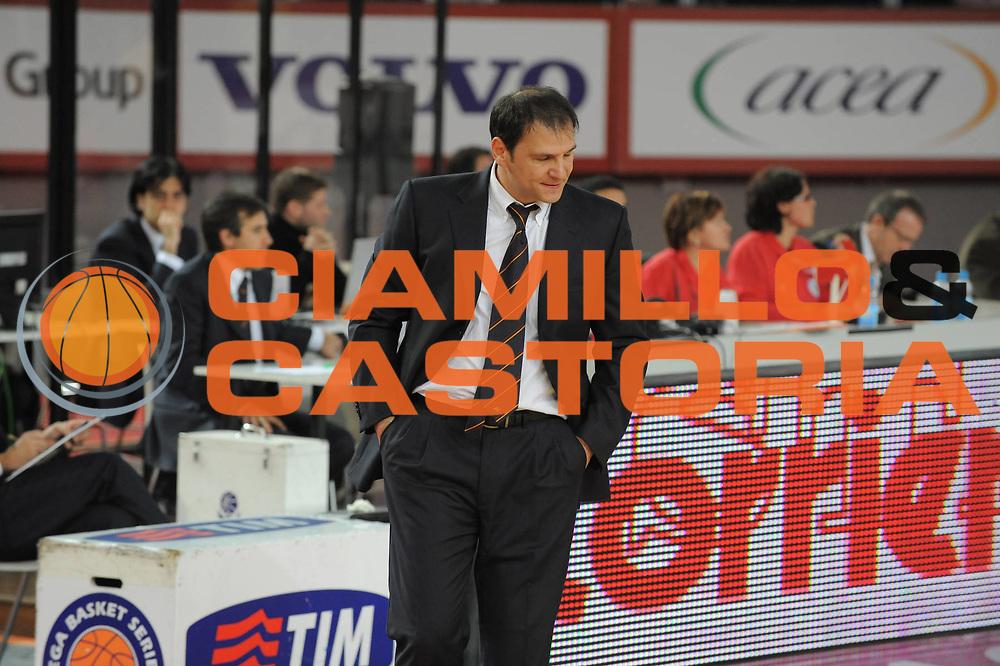 DESCRIZIONE : Roma Lega A1 2008-09 Lottomatica Virtus Roma Premiata Montegranaro<br /> GIOCATORE : Nando Gentile<br /> SQUADRA : Lottomatica Virtus Roma <br /> EVENTO : Campionato Lega A1 2008-2009<br /> GARA : Lottomatica Virtus Roma Premiata Montegranaro<br /> DATA : 28/12/2008<br /> CATEGORIA : Ritratto<br /> SPORT : Pallacanestro <br /> AUTORE : Agenzia Ciamillo-Castoria/G.Ciamillo