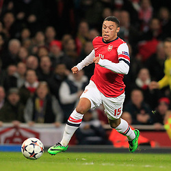 19.02.2014, Emirates Stadion, London, ENG, UEFA CL, FC Arsenal vs FC Bayern Muenchen, Achtelfinale, im Bild Alex Oxlade-Chamberlain (Arsenal FC #15), Aktion, Action // during the UEFA Champions League Round of 16 match between FC Arsenal and FC Bayern Munich at the Emirates Stadion in London, Great Britain on 2014/02/19. EXPA Pictures © 2014, PhotoCredit: EXPA/ Eibner-Pressefoto/ Schueler<br /> <br /> *****ATTENTION - OUT of GER*****