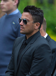 © London News Pictures. 08/06/2012. Thame, UK.  Peter Andre arriving at  St Mary's Church in Thame, Oxfordshire for the funeral of former Bee Gee Robin Gibb on June 8, 2012. Robin Gibb died on May 20, 2012 aged 62 following a long battle against cancer. Photo credit: Ben Cawthra/LNP