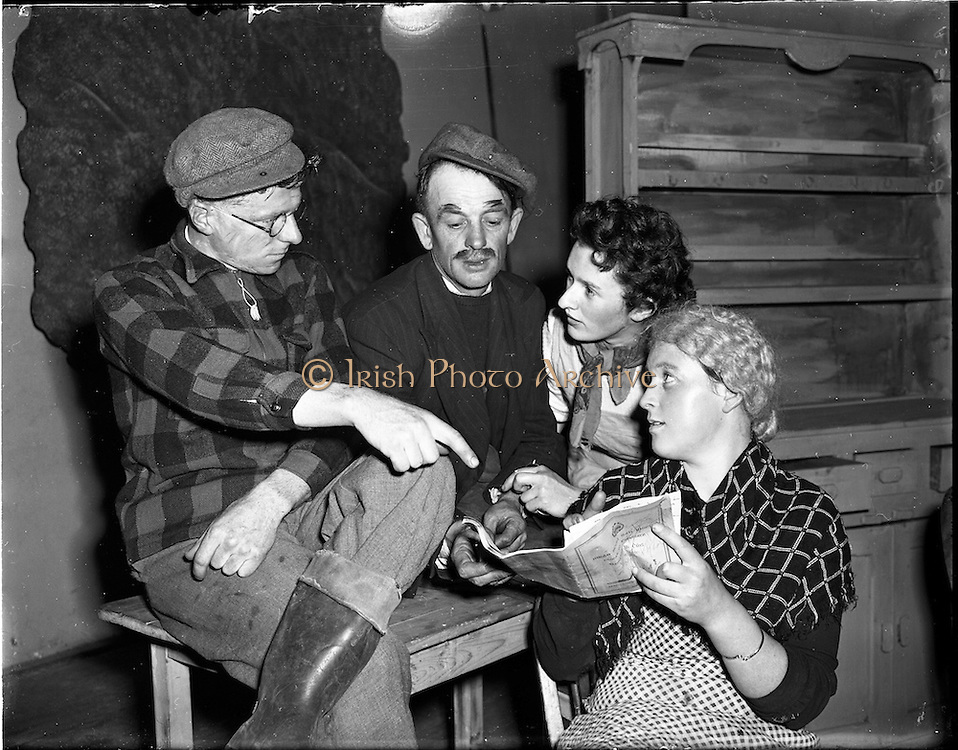 22/10/1957<br /> 10/22/1957<br /> 22 October 1957<br /> Oireachtas Drama:  F&eacute;ile Dr&aacute;ma&iacute;ochta Scoile an Oireachtas. Actors branch from Ventry, Co. Kerry, at R.I.A.M. (Royal Irish Academy of Music) theatre.