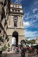 Old Havana is a jumble of gorgeous colonial architecture , cobblestone streets and classic cars.
