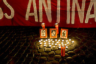 Roma 2 Dicembre  2014 <br /> A sette mesi dal massacro che i nazionalisti ucraini hanno compiuto nella Casa dei Sindacati di Odessa, il Comitato per il Donbass Anti-nazista,  in piazza Santa Maria in Trastevere a ricordato i martiri  di Odessa.<br /> Rome December 2, 2014<br /> Seven months after the massacre that the Ukrainian nationalists have made in the House of Unions of Odessa, the Committee for the Donbass Anti-Nazi, in Piazza Santa Maria in Trastevere to remember the martyrs of Odessa.