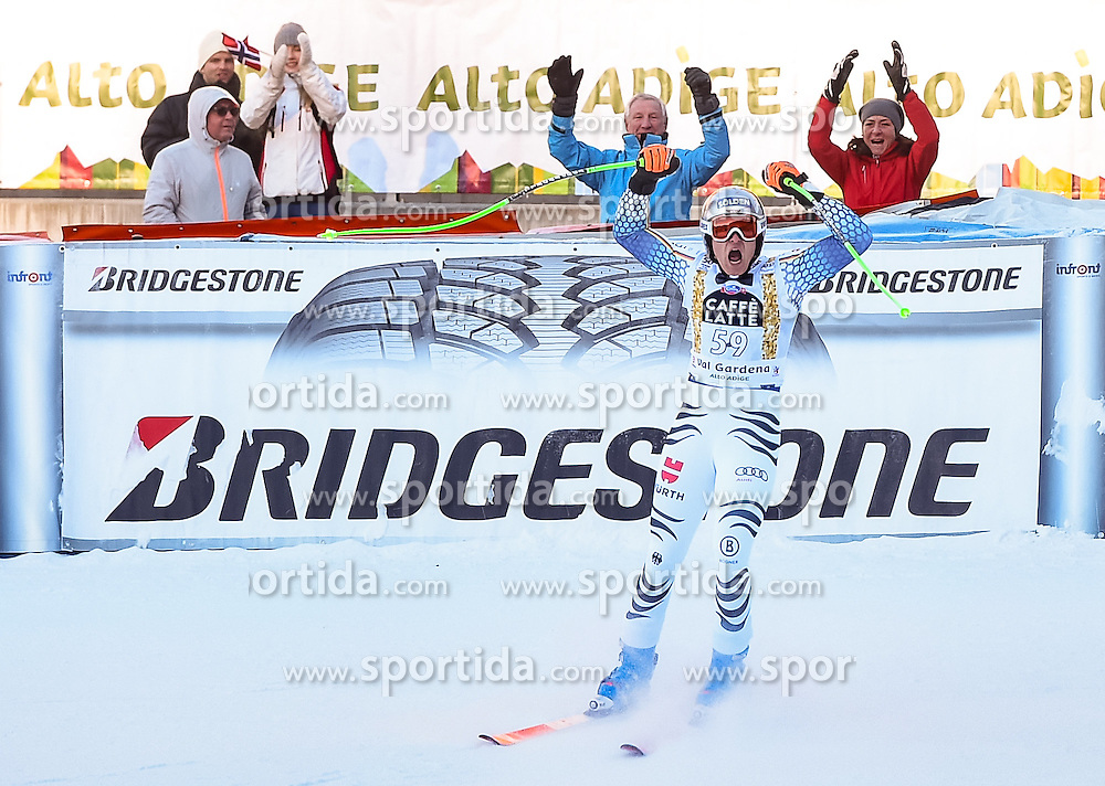 16.12.2016, Saslong, St. Christina, ITA, FIS Ski Weltcup, Groeden, Super G, Herren, Flower Zeremonie im Bild Thomas Dressen (GER) // Thomas Dressen of Germanyreacts after his run for the men's SuperG of FIS Ski Alpine World Cup at the Saslong race course in St. Christina, Italy on 2016/12/16. EXPA Pictures © 2016, PhotoCredit: EXPA/ Erich Spiess