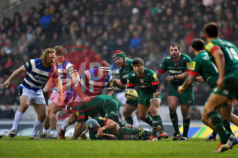Ben Youngs of Leicester Tigers passes the ball - Photo mandatory by-line: Patrick Khachfe/JMP - Mobile: 07966 386802 04/01/2015 - SPORT - RUGBY UNION - Leicester - Welford Road - Leicester Tigers v Bath Rugby - Aviva Premiership