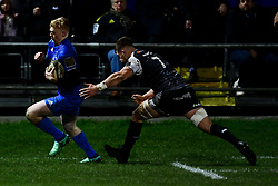 Guinness PRO14, The Gnoll, Neath, UK 21/02/2020<br /> Ospreys vs Leinster Rugby<br /> Tommy O'Brien of Leinster Rugby escapes Olly Cracknell of Ospreys and scores his sides first try<br /> Mandatory Credit ©INPHO/Ryan Hiscott