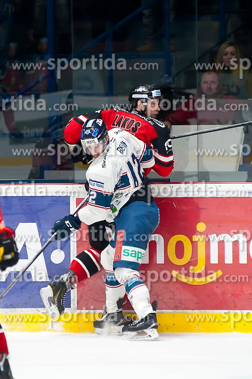 10.01.2016, Ice Rink, Znojmo, CZE, EBEL, HC Orli Znojmo vs Fehervar AV 19, 43. Runde, im Bild v.l. Andreas Benk (SAPA Fehervar AV19) Andre Lakos (HC Orli Znojmo) // during the Erste Bank Icehockey League 43th round match between HC Orli Znojmo and Fehervar AV 19 at the Ice Rink in Znojmo, Czech Republic on 2016/01/10. EXPA Pictures © 2016, PhotoCredit: EXPA/ Rostislav Pfeffer