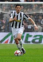 Fotball<br /> Italia<br /> Foto: Insidefoto/Digitalsport<br /> NORWAY ONLY<br /> <br /> Fabio Grosso (Juventus)<br /> <br /> 11.04.2010<br /> Juventus v Cagliari 1-0 <br /> Campionato di Serie A Tim 2009-10.