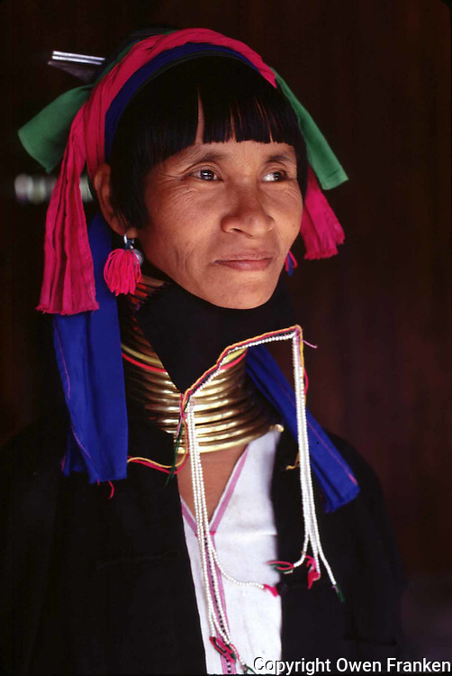 woman of the Paduang ethnic group (the Giraffe women) in Burma - Photograph by Owen Franken