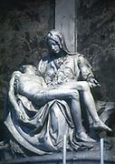 Pieta' (1498-1500).  Michelangelo (1475-1564): Marble Sculpture. St Peter's, Rome.