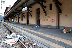 "07.05.2016, Grenzübergang, Brenner, ITA, Demonstration gegen Grenzsicherungsmaßnahmen am Brenner. Linksaktivisten rufen unter dem Motto ""Tag des Kampfes"" zur Demonstration am Brenner auf, im Bild Bahnsteig am Bahnhof Brenner nach den Ausschreitungen // Left activists call under the slogan ""Day of the Fight"" to Demonstration at the border ""Brenner"". The demonstration is directed against the planned border security measures at the border from Italy to Austria, The Brenner Pass is one of the most important border crossings in Europe. Brenner, Italy on 2016/05/07. EXPA Pictures © 2016, PhotoCredit: EXPA/ Johann Groder"