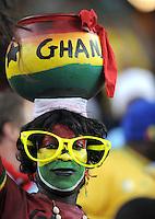 FUSSBALL WM 2010    VIERTELFINALE  02.07.2010 Uruguay - Ghana Ghana Fan