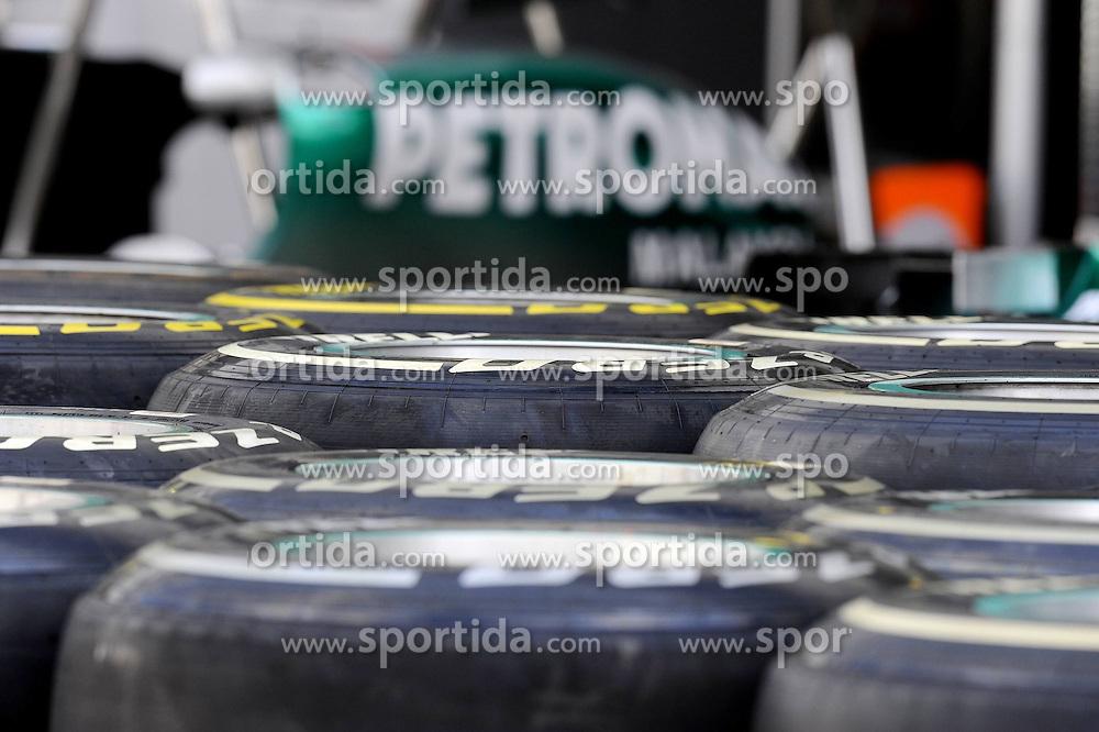 24.11.2011, Autodromo Jose Carlos Pace, Sao Paulo, BRA, F1, Grosser Preis von Brasilien, im Bild Pirelli Tires // during the Formula One Championships 2011 Grand Prix of Brazil held at the Autodromo Jose Carlos Pace, Sao Paulo, Barzil on 2011/11/24..***** ATTENTION - OUT OF GER, CRO *****